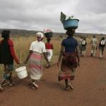 01CAMINATA DE NAAMACHA A UN POBLADO EN LA FRONTERA DE SWAZILANDIA (6)