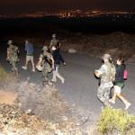 Marcha nocturna con los soldados del cuartel Canarias 50