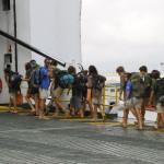 La expedicion embarca hacia la peninsula