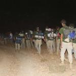 Marcha nocturna hacia el campamento en Immaouine