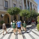 Camino de la recepcion con Teofila MArtinez, alcaldesa de Cadiz